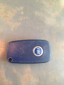 Fiat 3 button remote key fob 0678
