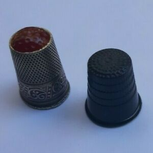 VINTAGE ANTIQUE LOT THIMBLE finger stall CAP NEEDLE SEWING SEW