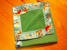 Ropa de cama de bebé hecho a mano de Disney Mickey Mouse Manta Polar satén vinculante/verde.