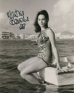 "SALE!  Martine Beswick 10"" x 8"" photo signed in person - James Bond - Q023"