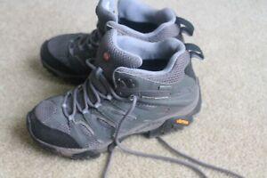 Merrell women's Moab Mid hiking boot Gore-tex