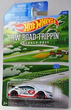 2015 Hot Wheels Road Trippin' Hiway Hauler 2 *6 Cars Posted for