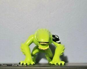Ben 10 Ultimate Alien Haywire Wildmutt Figure (Bandai 2010)