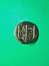 "(1) VINTAGE 3/4"" CROWN STAR CREST COAT OF ARMS GOLD METAL SHANK BUTTON (C51)"