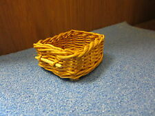 1/12 scale Dolls House Miniature  Wicker Kitchen/Shop/ Bakery Basket