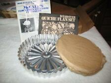 """VINTAGE""""NEW IN BOX""""WEAR-EVER QUICHE FLAN CHEESECAKE ALUMINUM PAN SET RECIPE BOOK"""