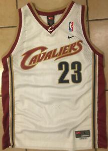 Nike LEBRON JAMES Rookie Home Cleveland Cavaliers Swingman Jersey Kids SZ L