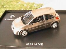COFFRET RENAULT MEGANE II COUPEE TRAITEMENT METAL NOREV 517601 1/43 CHROME COUPE