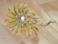 Nice Vintage 1960s-70s Aurora Rhinestone & Enamel Flower Brooch  1554n