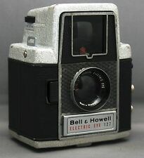 Bell + Howell Electric EYE 127 VINTAGE FILM CAMERA Wide View LENS USA
