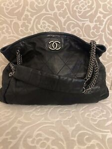CHANEL BLACK QUILTED CALFSKIN COCO PLEATS LARGE LEATHER HOBO SHOULDER BAG