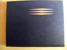 Livre La vie des animaux en 3 volumes Larousse 1400 pages /N17