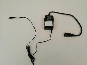 AQVOX Audio Devices  Netzteil Ladegerät Class 1 Transformer