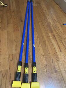 "Rubbermaid Commercial Blue/Yellow Gripper Fiberglass 60"" Mop Handle Lot 3"