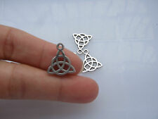 20 x Tibetan Silver Celtic Knot Triquetra Pagan Charms Pendants Beads 17x15mm