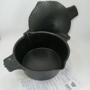 Pampered Chef Micro Cooker Microwave Steamer Large 8 Cup 2 Quart #2778 Black