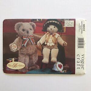 Vogue Craft Pattern 9603 Vogue Bear Collection Linda Carr Mr and Mrs Bear Uncut