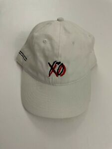 THE WEEKND XO 2017 IN ASSOCIATION WITH XO RELESE 003 WHITE HAT SOLD OUT RARE