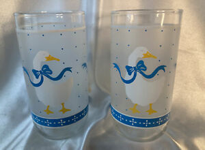 Vintage Set Of 2 Geese/Ducks Drinking Glasses Blue & White Ribbon Bow