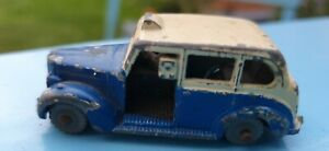 Vintage Dublo Dinky 067 Austin Taxi  1959 - 1964