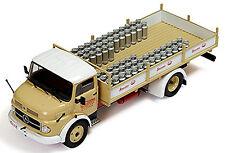Mercedes Benz 1113 LKW Rundhauber Stassano Milk Lacsoon 1987 creme 1:43 IXO