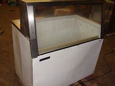 """ Master Bilt "" Lighted Low Boy Style Easy View Ice Cream Display Freezer"