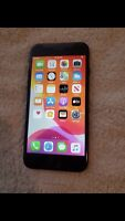 Apple iPhone 7 - 32GB - Black (TracFone) A1660 PLEASE READ THE DESCRIPTION