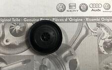 Original VW, Seat, Skoda, Audi Tülle Stopfen Unterboden 30mm N10226501 NEU