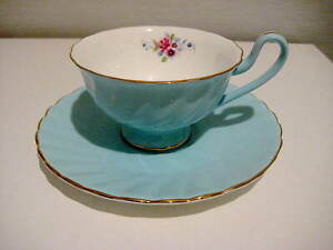 Gorgeous Cool Blue with Flowers bouquet T2 Cup & Saucer...As New Condition