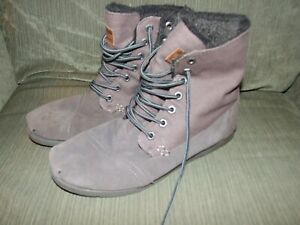 MENS TOMS EALL BOOTS Size 10.5