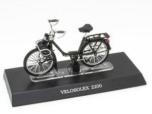 Mobylette VELO SOLEX 2200 1/18 Leo Models Miniature Scooter Moto M017