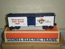 LIONEL 7525 - 1986 TOY FAIR CAR- NEW- W4
