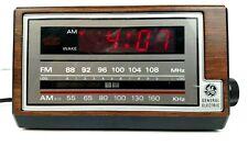 Vintage General Electric GE Alarm Clock Radio AM/FM 7-4601A Woodgrain Beautiful