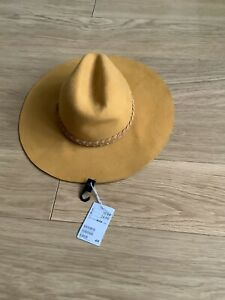 BNWT H & M Womens 100% Wool Hat M56
