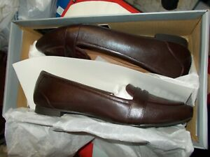 NIB Womens Vionic Gem Savannah Wine Loafers New $120