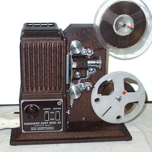 8mm Filmprojektor Kodak Kodascope Mod. 44 Projektor cinema projector Projecteur