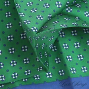 NWT Brooks Brothers Emerald Green Spotted Floret Blue Border Silk Pocket Square