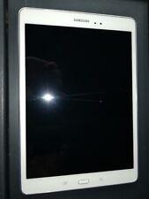Samsung Galaxy Tab A SM-T555 16GB weiß WiFi LTE