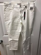 New Just Fab White Capris Size 34