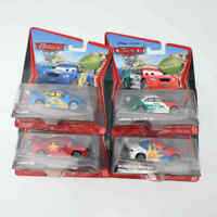 PIXAR Cars 2 Super Chase - RUSSIAN RACER/ MEMO ROJAS JR/ LONG GE/ FLASH Disney