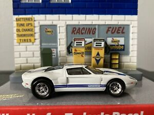2005 Ford GT 1:64 scale diecast by Johnny Lightning