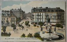 """CPA """" BELFORT - La Place de la République et le Boulevard Carnot"""