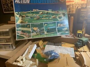 VTG 1967 IDEAL Motorific ACTION HIGHWAY U S 88 Set With ARMY Truck
