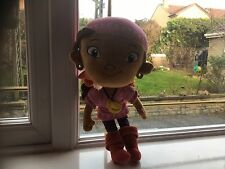 """OFFICIAL DISNEY JAKE AND THE NETHERLANDS PIRATES 12"""" IZZY GIRL PIRATE SOFT TOY V"""