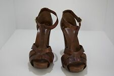 BCBG Heels, Brown Color, Size 6 1/2, High Quality Leather