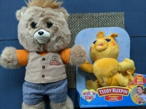 Teddy Ruxpin 2017 Talking Storytelling Bear Bluetooth LCD and Grubby set
