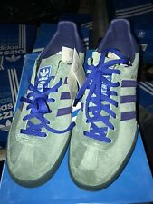 Adidas Jeans Mk2 Size Uk9