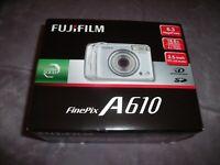 "NEW Fujifilm A610 Digital Camera 6.3 Megapixels 18.6X Zoom 2.5"" Monitor Silver"