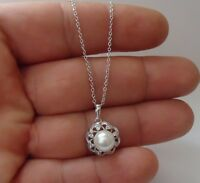 925 STERLING SILVER FLOWER NECKLACE PENDANT W/ 8MM WHITE PEARL & .25 CT DIAMOND