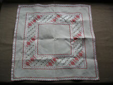#723 Beautiful Vintage Hand Embroidered Linen Tablecloth 57cm/58cm(22''/ 22.5'')